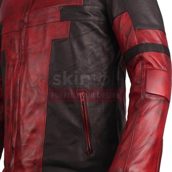 DEADPOOL RED JACKET CLOSE UP