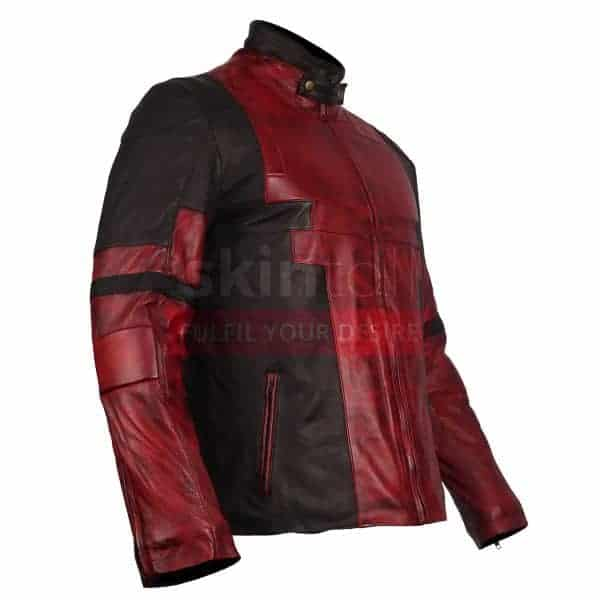 DEADPOOL RED JACKET RIGHT