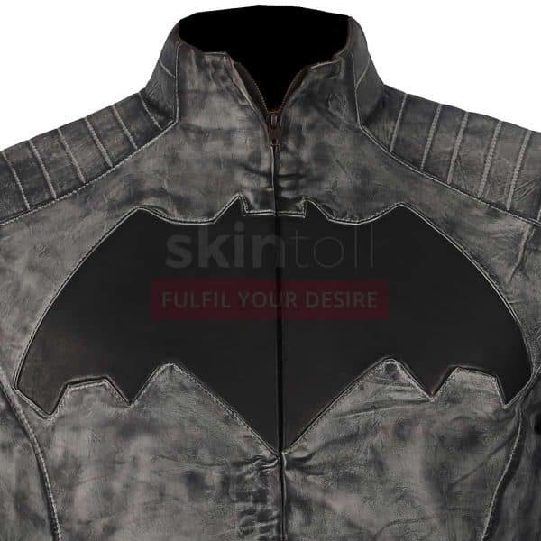 batman v superman dawn of justice jacket close up